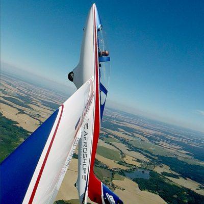 "Akrobatinis skrydis pilotažiniu sklandytuvu""mdm-1 fox"""